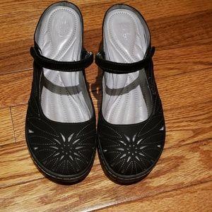Jambu Shoes - Jambu clog euc size 7.5